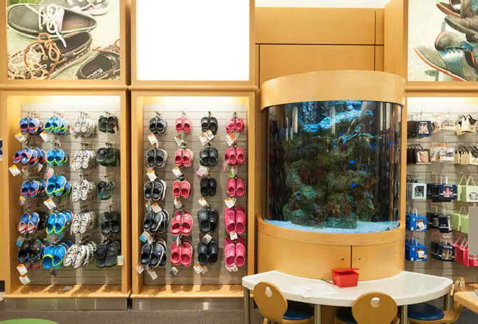 From Custom Displays for major retailers and corporations to the home hobbiest, you can expect only the best from Premier Aquatics